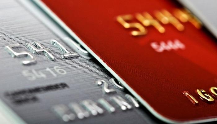 Отличия кредитных карт от потребительских займов