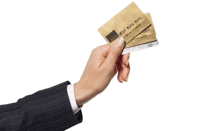 Как отказаться от заказанной кредитной карты