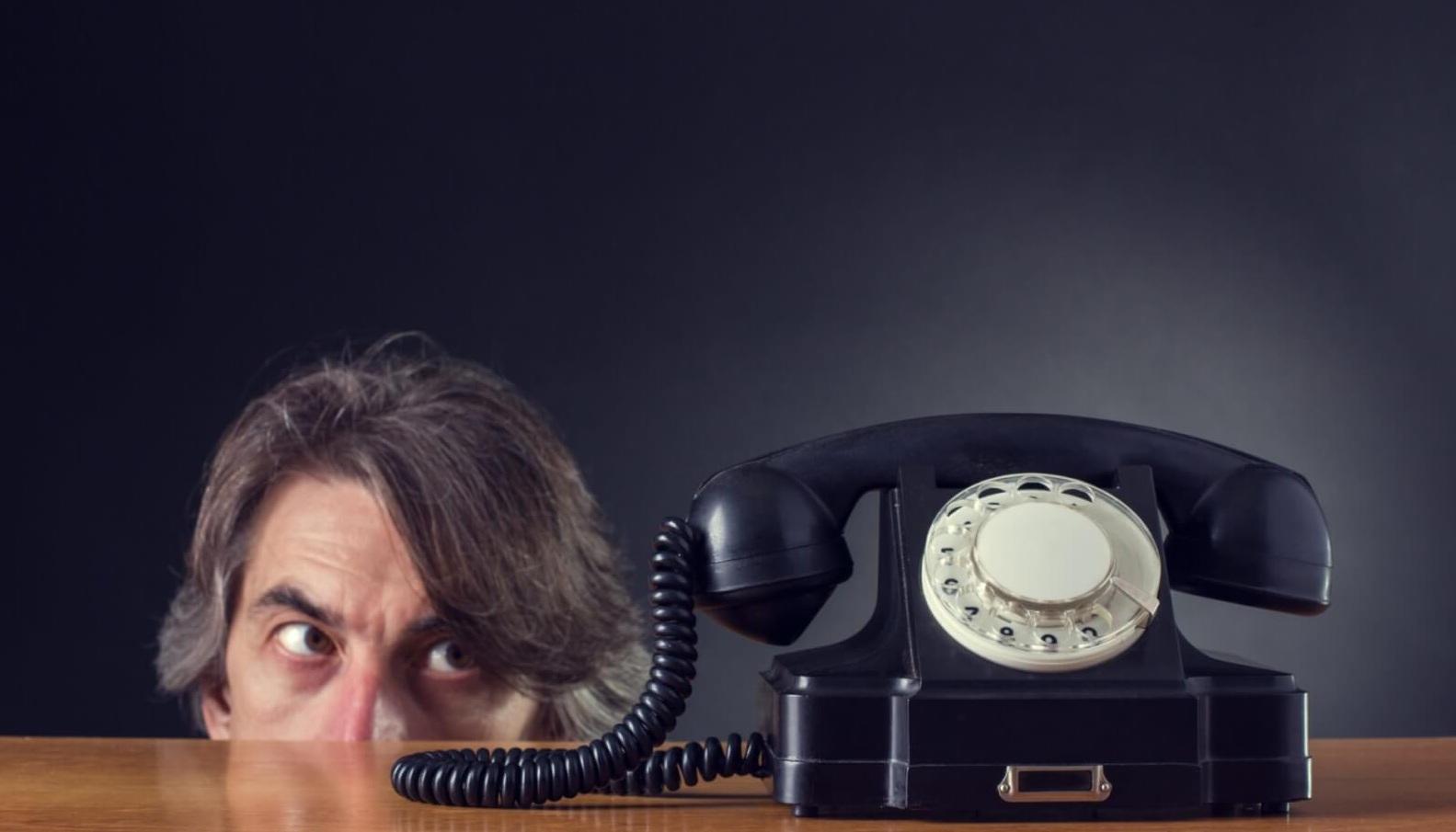 Жалоба в банк на звонки: составление и порядок подачи || Можно ли подать в суд на банк из-за постоянных звонков