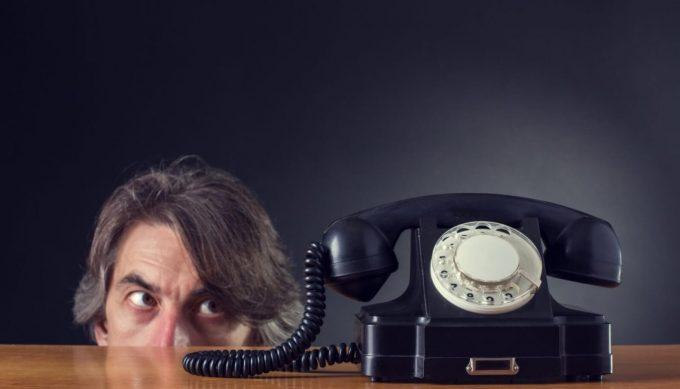Как подать жалобу в банк на звонки коллекторов