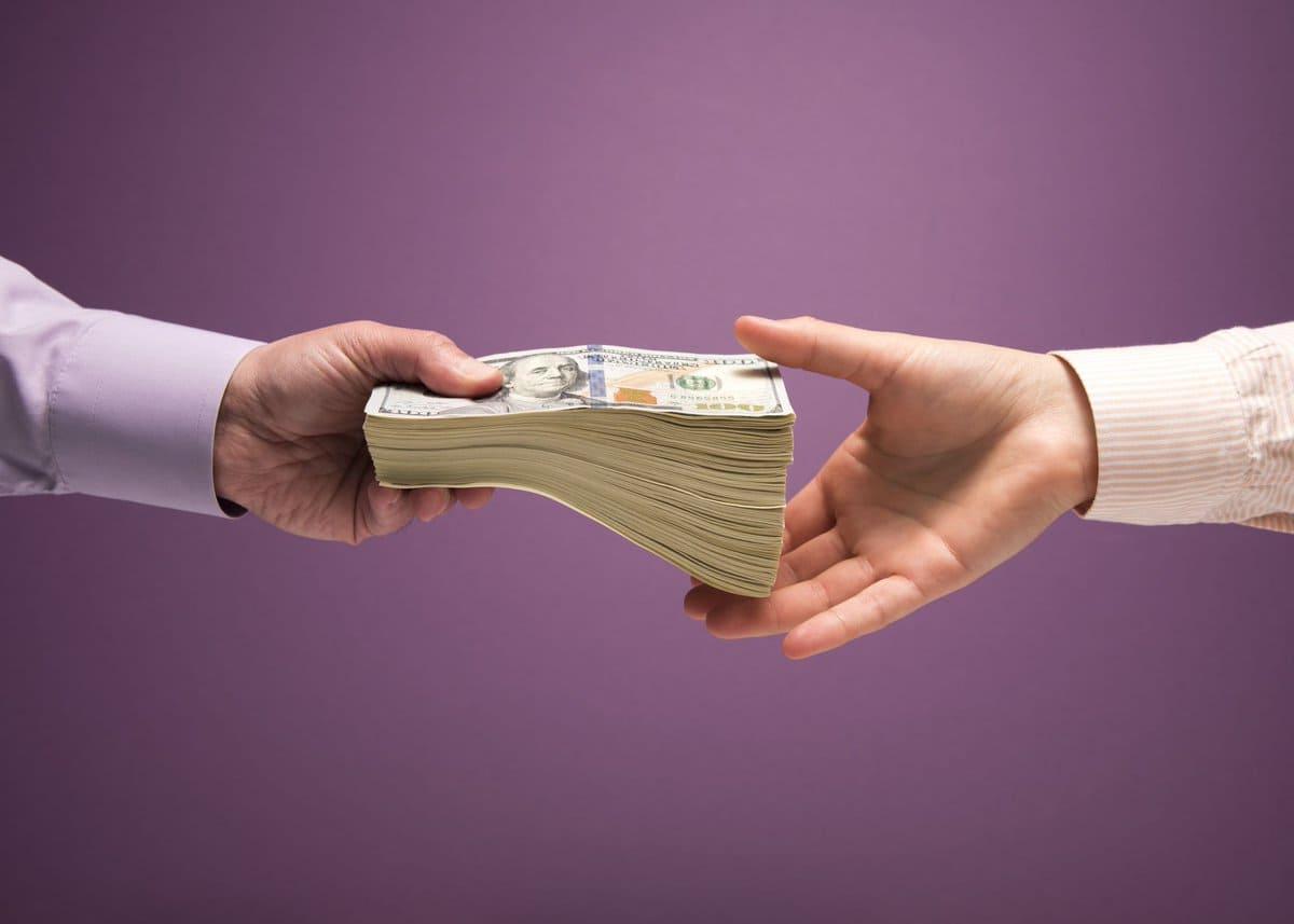 Передача денег при сделке с недвижимостью расписка