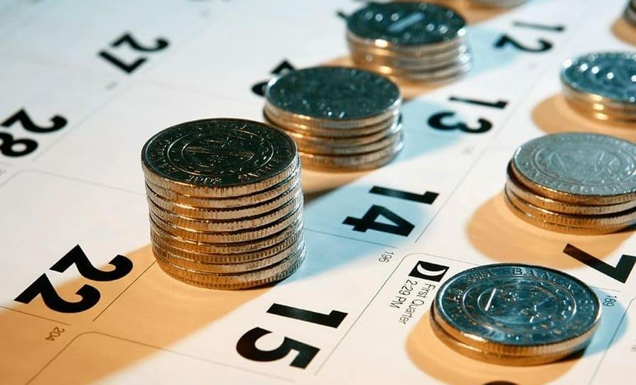 Как взять кредит в нескольких банках одновременно и не попасть в долговую яму