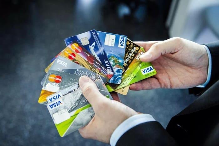 Какую кредитную карту выгоднее взять