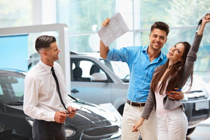 5 советов тем, кто оформляет автокредит в автосалоне