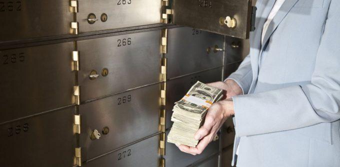 Доступ к депозитарной ячейке родственникам арендатора
