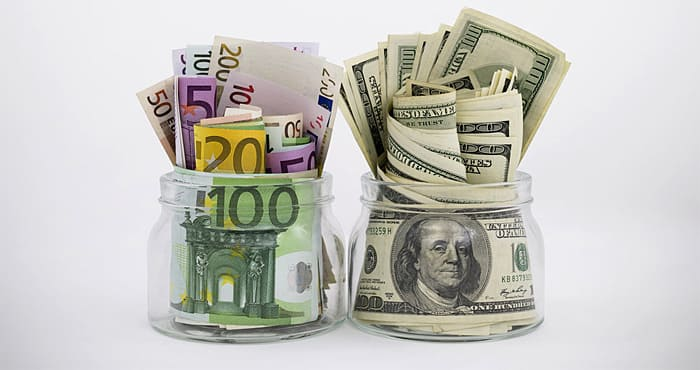 В какой валюте открывать вклад
