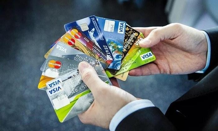 Банк навязал кредитную карту