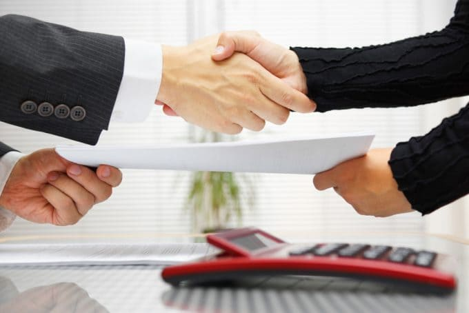 Взаимодействие кредитной организации и коллекторской фирмы
