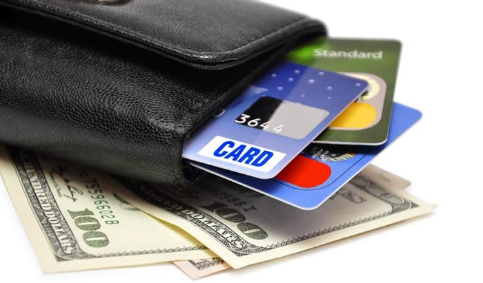 Снять деньги с кредитки