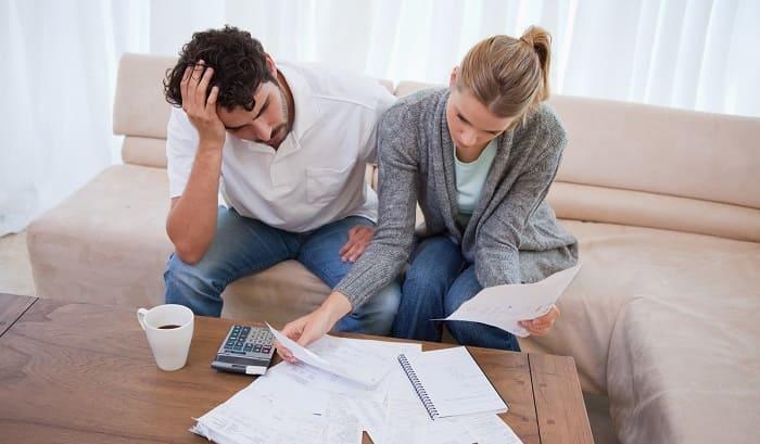 Возникновение долгов по кредитам