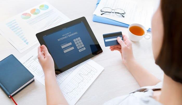 кредитный риск банка означает риск как взять кредит со 100 одобрением