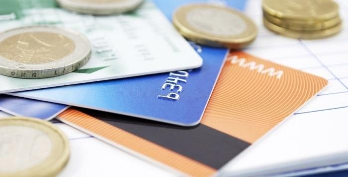 В каком банке взять кредит неработающему