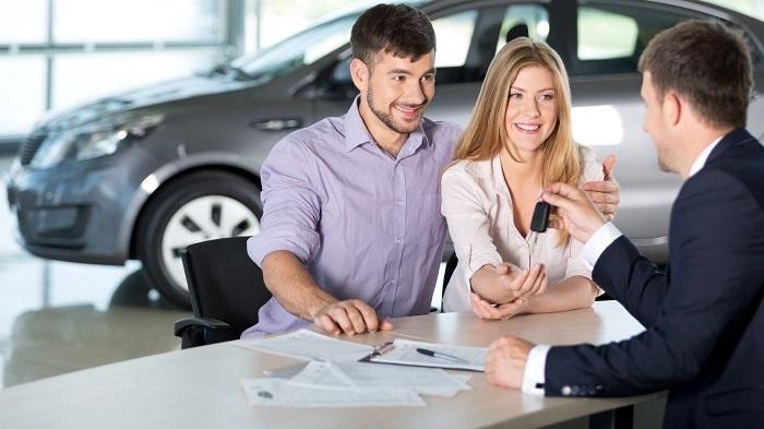 Преимущества покупки через банк и автосалон