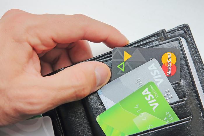 На какие условия пользования кредитной картой обратить внимание при ее выборе