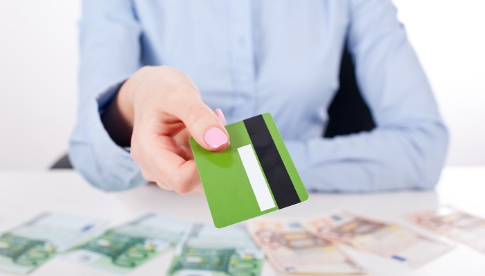 До какого возраста банки дают кредиты