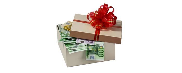 Советы по поводу денежного подарка на свадьбу