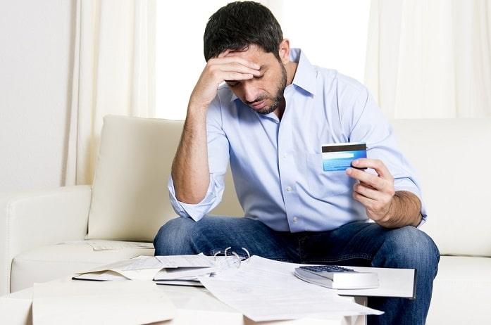 Как правильно вернуть долг банку по кредитной карте
