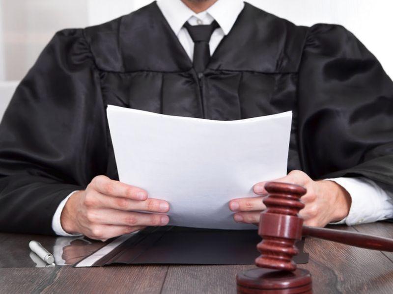 Оплата задолженности имуществом: на добровольной основе и по решению суда