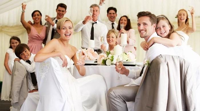 Друзья на свадьбе