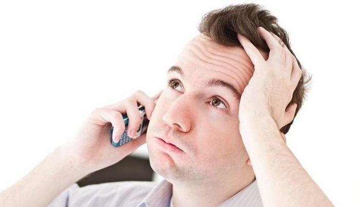 Сотрудник банка не смог дозвониться до клиента или работодателя