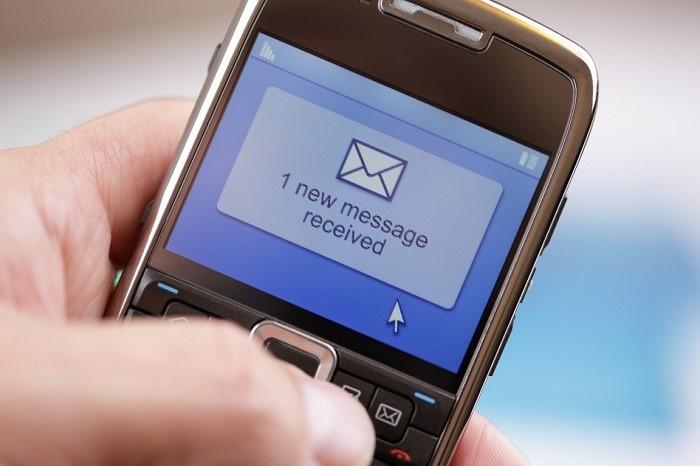 банк надоедает звонками по чужому кредиту кредитная карта с 20 лет онлайн