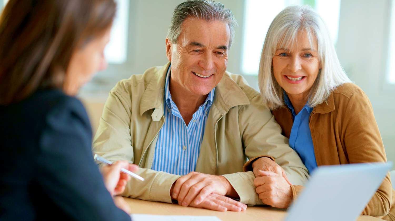 Кредитс поручителем для пенсионеров