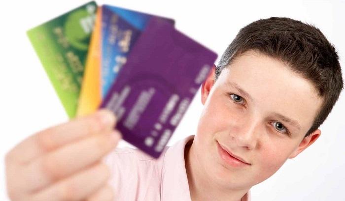 Шансы на получение кредита в 18 лет