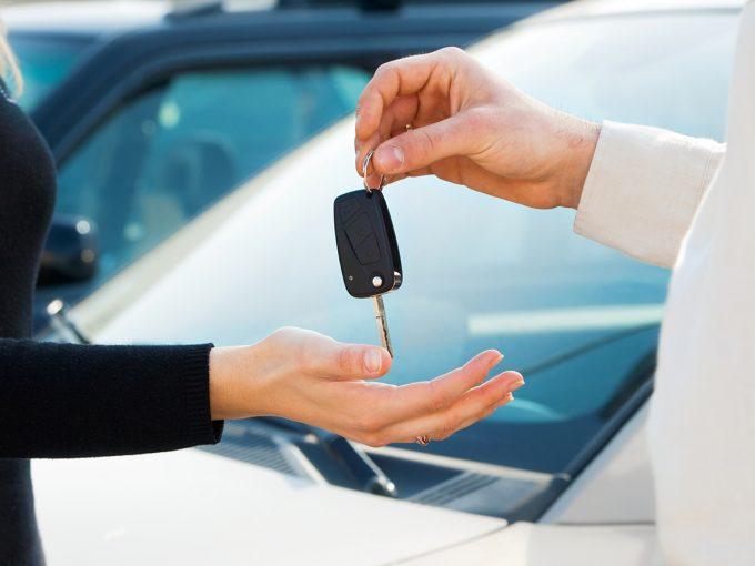 Сдавать в аренду автомобиль