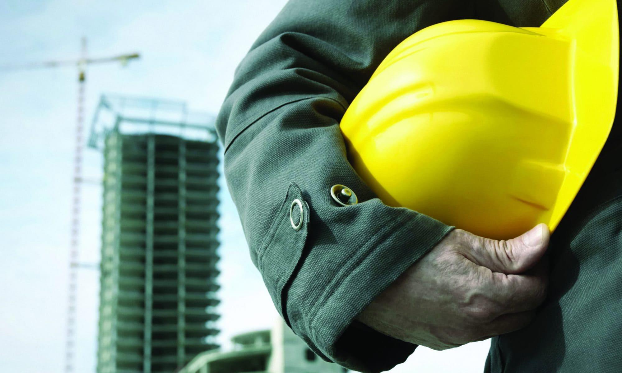 Виды страхования на производстве и меры защиты пострадавших