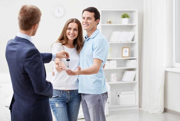 Поиск покупателя и осмотр жилья