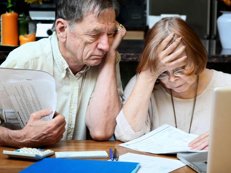 Несет ли ответственность жена по кредиту супруга