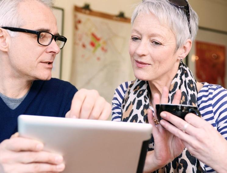 Как выбрать НПФ и перевести туда пенсию
