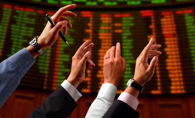 Приобретение акций