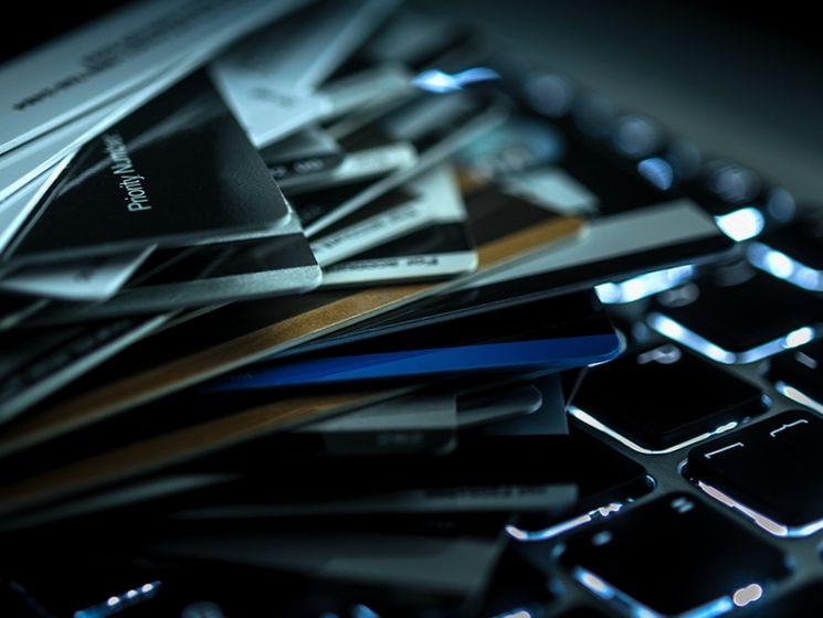 Верховный Суд уравнял наличные и электронные деньги в вопросах кражи