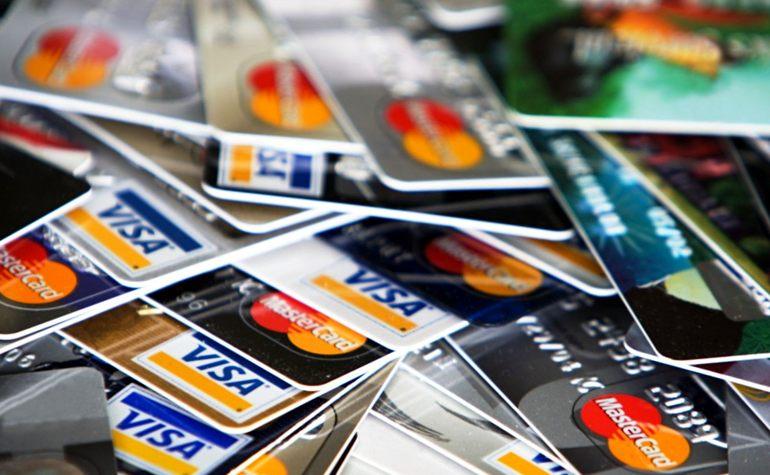 Что будет, если Россию отключат от Visa и Mastercard