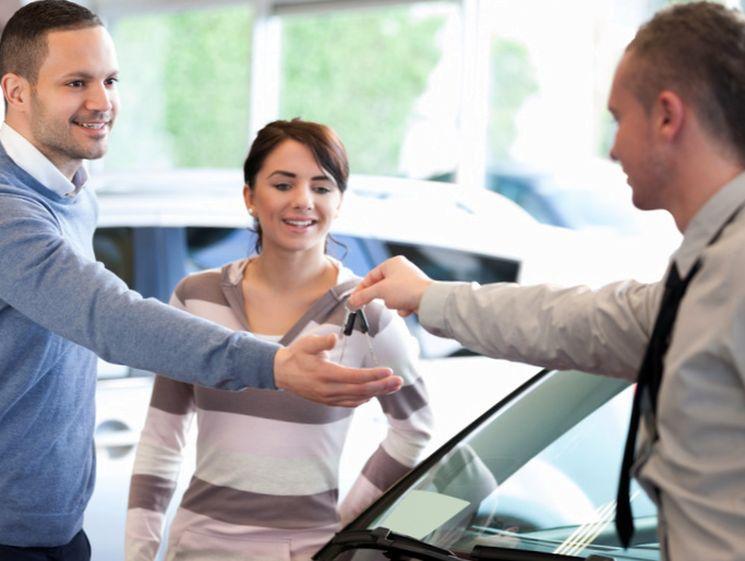 Оформление кредита на автомобиль в автосалоне