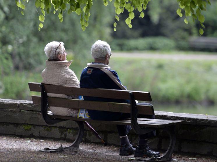 Банковский вклад или пенсия в НПФ