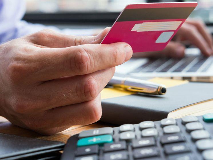 Как досрочно погасить кредит и при этом вернуть часть страховой премии