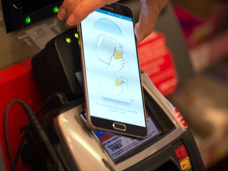 Как использовать платежную систему Samsung Pay в России