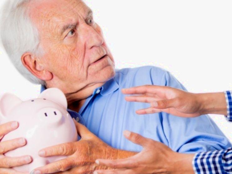 Сравниваем пенсионные накопления в НПФ и вклад в банке